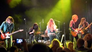 Horisont – Mean Girl (live at High Time, Status Quo Tribute)